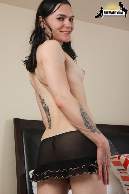 Ennie nude wall