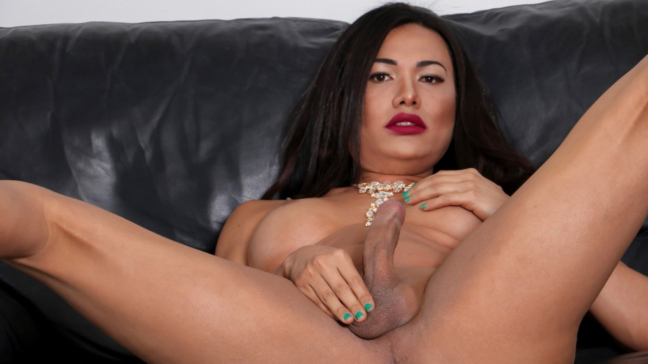 Cumshot Monday: Yadira Cuellar Makes A Mess!